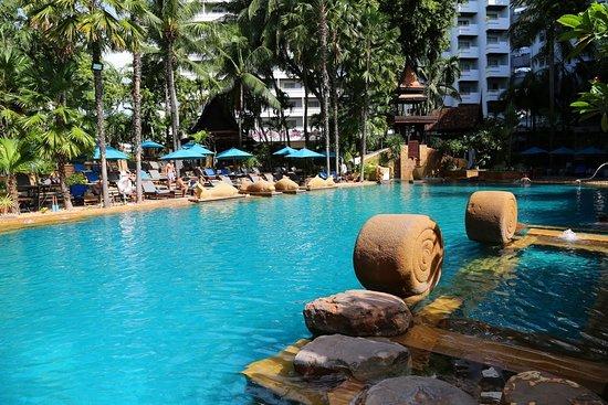 Avani Pattaya Resort Photo