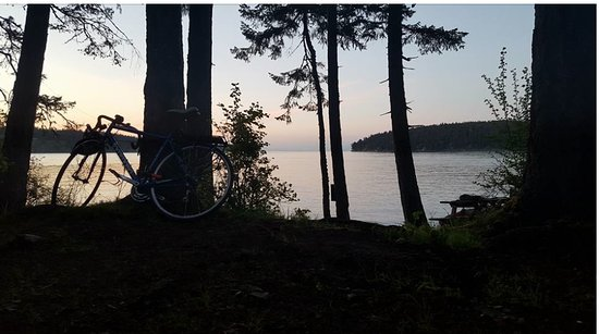 Mayne Island Camping: Sunset from a campsite!