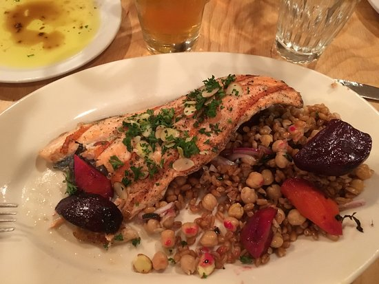 Columbia Falls, MT: Grilled rainbow trout