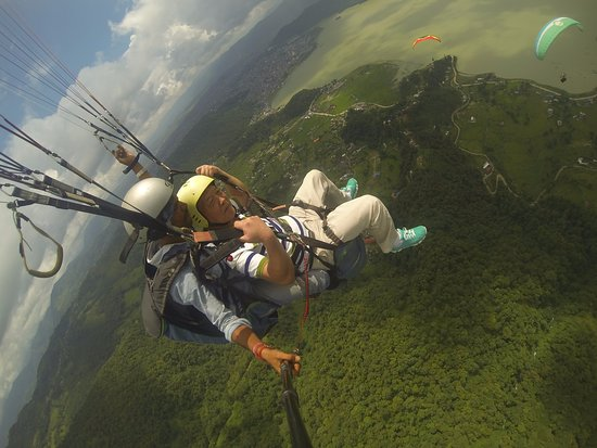 Lakeside Paragliding