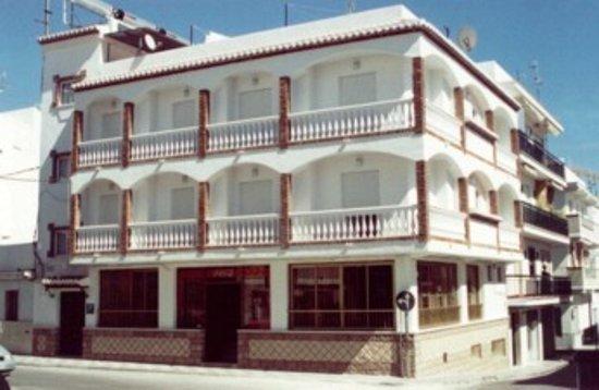 Hostal Mary Tere: fachada del hostal