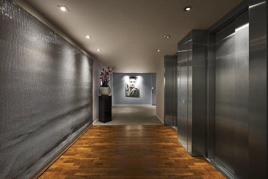 Legere Hotel Luxembourg: Floor Lift Landing