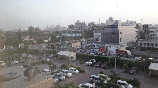 Sahibabad, الهند: At Country Inn Suites Sahibabad