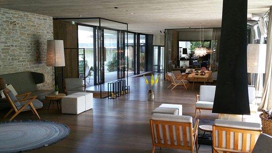 Spa bereich bild von designhotel wiesergut saalbach for Designhotel wiesergut