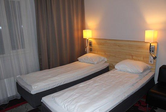 Comfort Hotel Xpress Youngstorget: Schmale Einzelbetten, kann man aber zusammenschieben...
