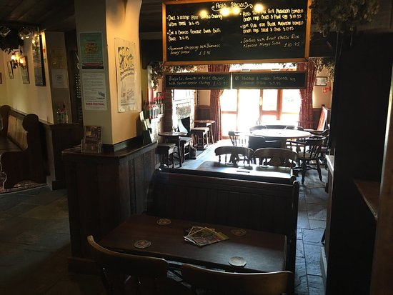 Ashover, UK: Some pics I took from our stay at The Old Poets Corner, what a fantastic pub, great real ales, g