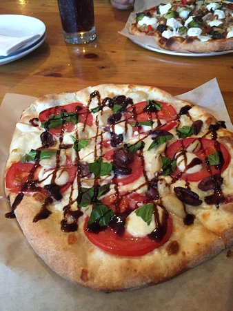 The Blue Stone : Fancy Pizza