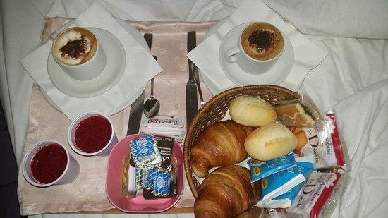 Hotel Villa Diana: Cilazione in camera. ...... ottima e abbondante