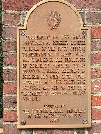 Charles City, Wirginia: Commemorative Plaque at Berkeley Plantation