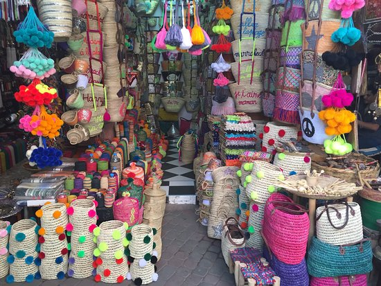 Medina Shop Pom Poms - Picture of Medina of Marrakesh ...