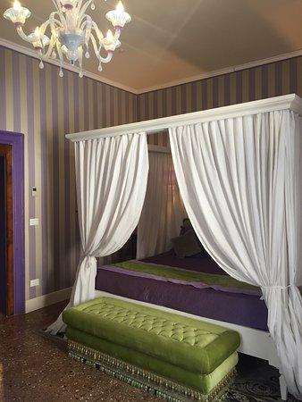 AD Place Venice: photo1.jpg