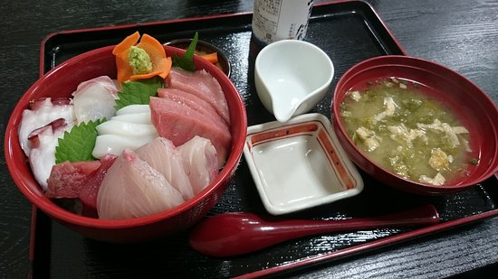 Uki, Japón: 15.08【浜ん小浦】浜ん小浦海鮮丼定食