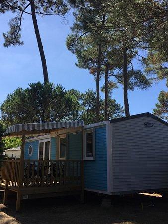Notre mobilhome picture of camping l 39 oree du bois la for Camping le bois joli la chambre