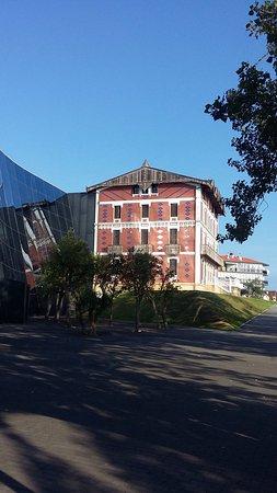 Museo Cristóbal Balenciaga: photo0.jpg