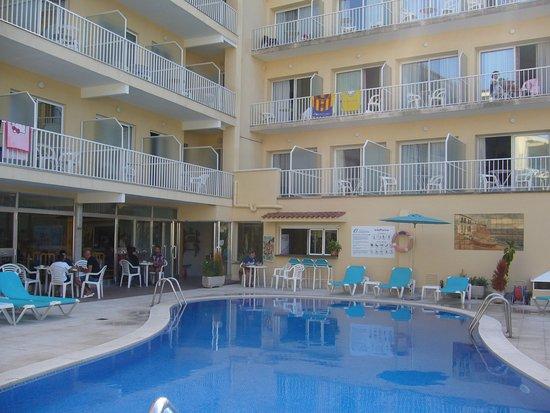 Hotel S'Agoita Photo