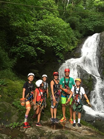 Мирамар, Коста-Рика: Zip Lining Over Waterfalls