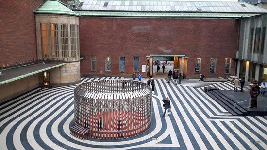 Museum Boijmans Van Beuningen: Buiten design