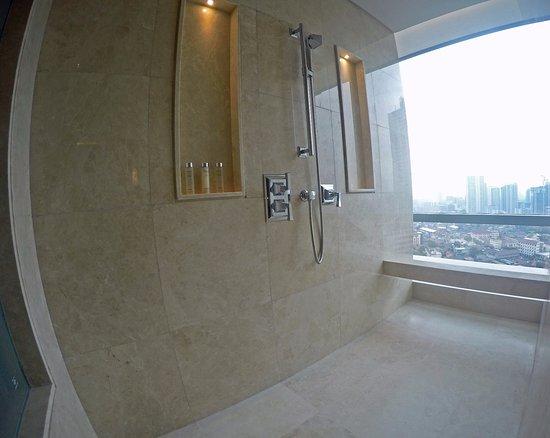Hotel Ciputra World Surabaya: 2018 Room Prices from $45