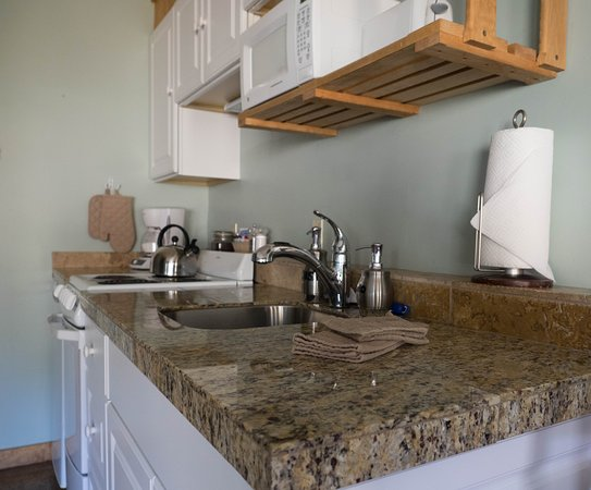 Agate Beach Motel: Standard Queen Kitchenette