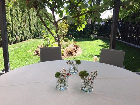 Danilo - gostilna & vinoteka : Danilo garden