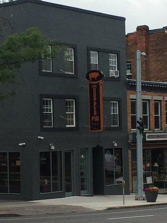 Auburn, NY: The Copper Pig