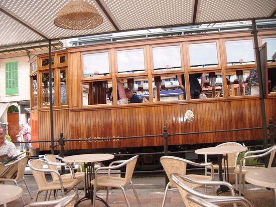 Palma Lock and Go - 1 Day Tours: Le tram de Soller à Majorque