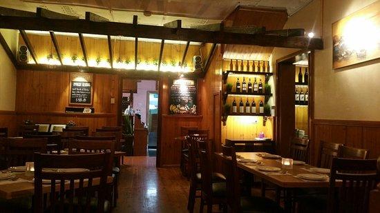 Pron Prohm Thai Restaurant評等和評論詳細資料位置和聯絡方式
