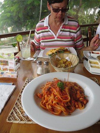 Il Giardino: Pasta mit Meeresfrüchten