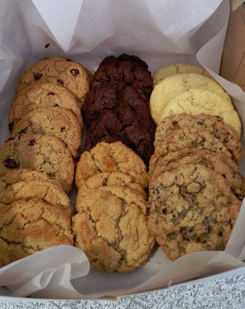 Santa Fe Cookie Co.: Cookies Fresh Out Of The Oven.