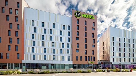 b b hotel lille grand stade villeneuve d 39 ascq france voir les tarifs et 101 avis. Black Bedroom Furniture Sets. Home Design Ideas