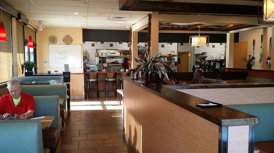 El Cajon, Califórnia: Breakfast going to OC