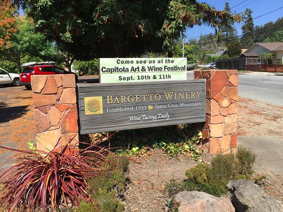 Soquel, CA: Welcoming sign