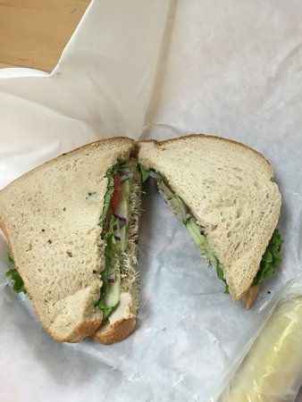 Heidi's Brooklyn Deli: Turkey sandwich. So good.