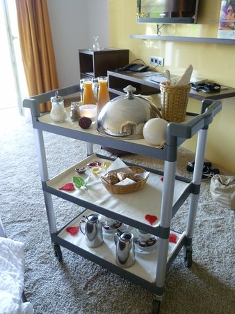 Parkhotel Reibener-Hof: Langschläferfrühstück mit Zimmerservice