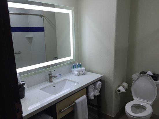 เรย์มอนด์วิลล์, เท็กซัส: Holiday Inn Express & Suites Raymondville