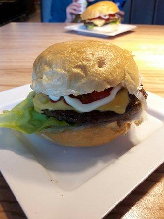 Pop's Burger