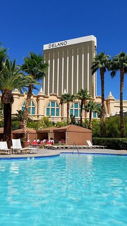 Beautiful property, with access to Mandalay Bay!