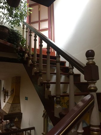 Casa San Rafael: The stairway up to our room