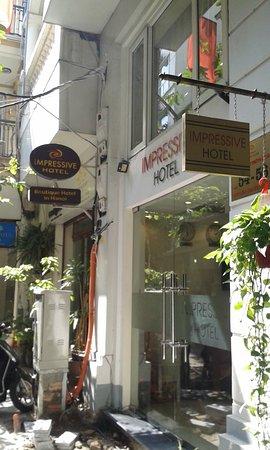 Hanoi Impressive Hotel - wejście