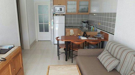Apartamentos Fariones: 20160906_182831_large.jpg