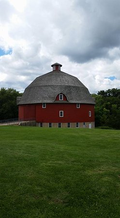 Ryan Round Barn in Johnson Sauk Trail State Park, Kewanee, IL
