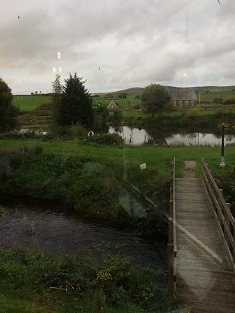 Rhydlydan, UK: Amazing food, lovely owners and staff. Outside seating area is beautiful, loverly view of lake.