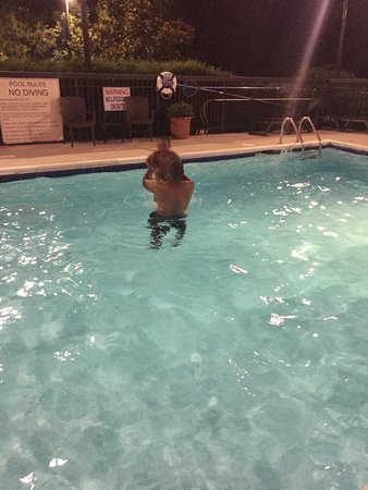 Hampton Inn Henderson : Pool