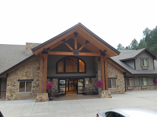 K Bar S Lodge: Front of Main Lodge