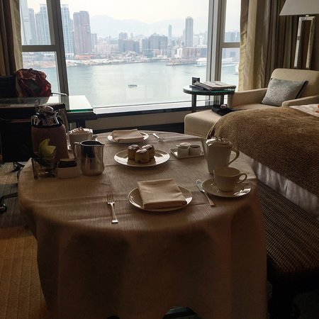 Four Seasons Hotel Hong Kong: photo0.jpg