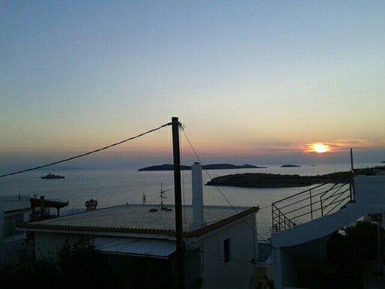Batsi, Grécia: image-0-02-01-97ecc0cbafa9e44ec70e2f479628ffdfc639247020f621d7b56a9662ba9d82a8-V_large.jpg
