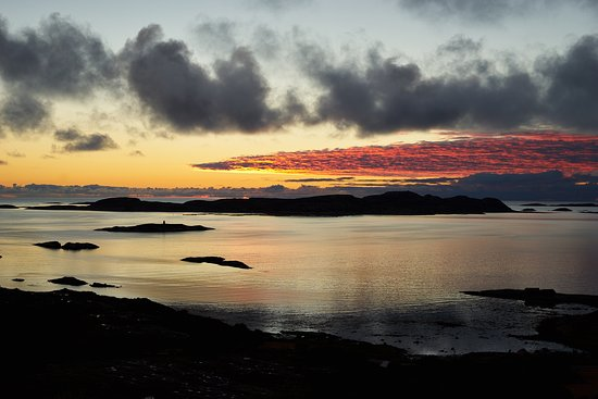 Aafjord, Norway: Awesome sunset over the islands