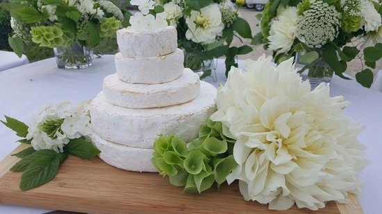 5 Layer Wedding Cake Of Upper Bench Brie Picture Of Upper Bench