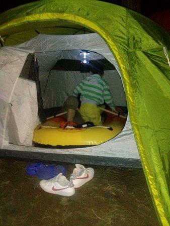 Camping La Pineta: il marinaio nella tenda
