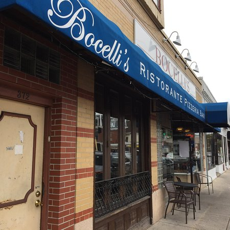 Medford, MA: Bocelli's